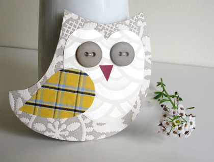 Earl Owl Magnet - upcycled materials