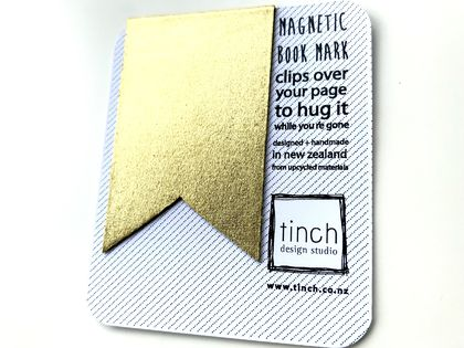 Magnetic bookmark - gold!