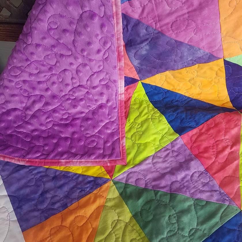 Rainbow cot quilt