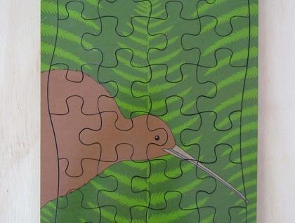 Hansby Design - Wooden jigsaw 'Kiwi Fern'