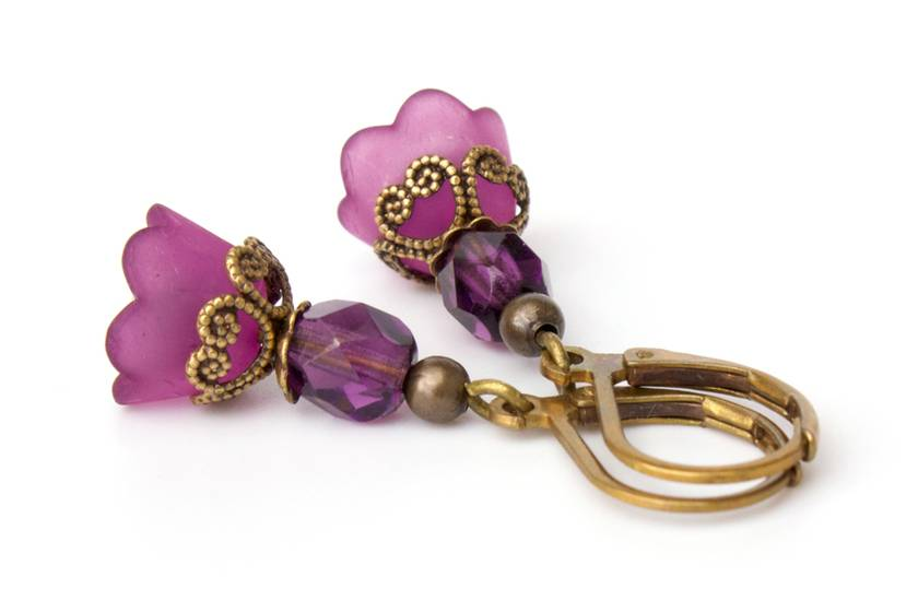 Modern Vintage Petite Amethyst Lucite Flower Earrings