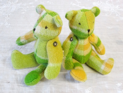Small Citrus green/Lemon Blanket bear