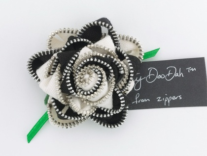 Vintage Black &White Rose ZippityDooDah