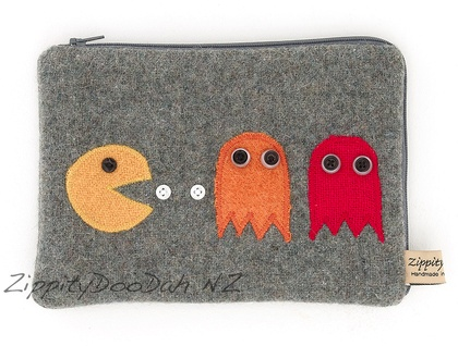 PacMan Mini Ipad Cover - Grey