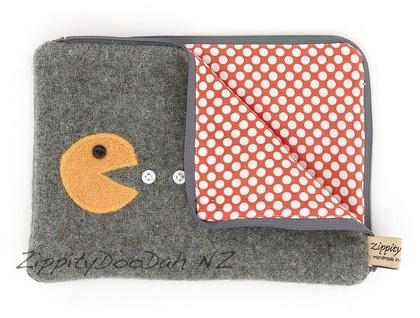 Pac Man Mini Ipad Cover - Grey