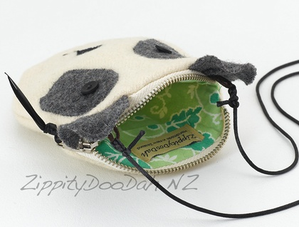 Panda Purse -removable shoulder strap