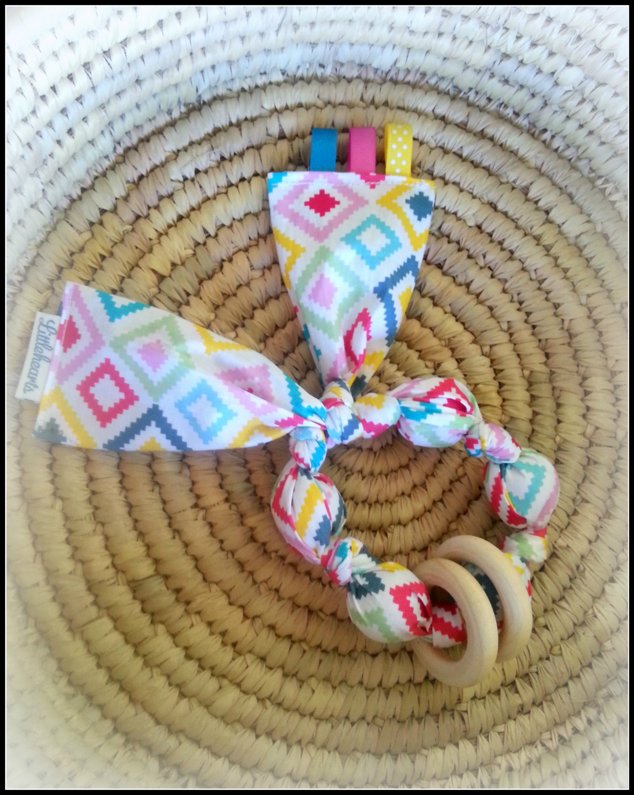 Fabric Teething Ring Toy With Crinkle Felt