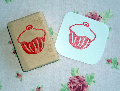 Hand Carved Stamp - Cupcake