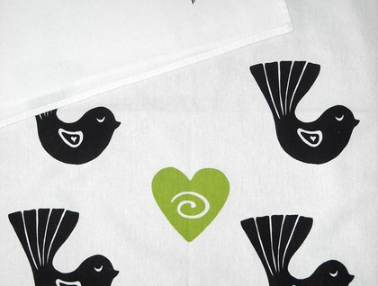 Tea Towel - Fantail with green heart