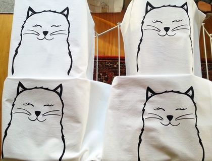 Hand Printed 300 Thread Count Pillowcase - Pussycat