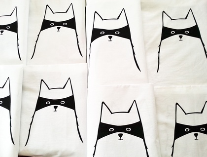 "Handprinted 300 Thread Count Pillowcase - ""Cat in Disguise"""