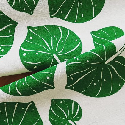 Hand Printed 100% Linen Tea Towel - Kawakawa Leaves