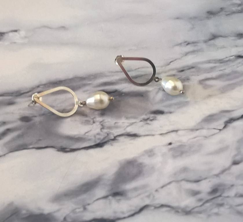 Silver & Pearl Teardrop Earrings