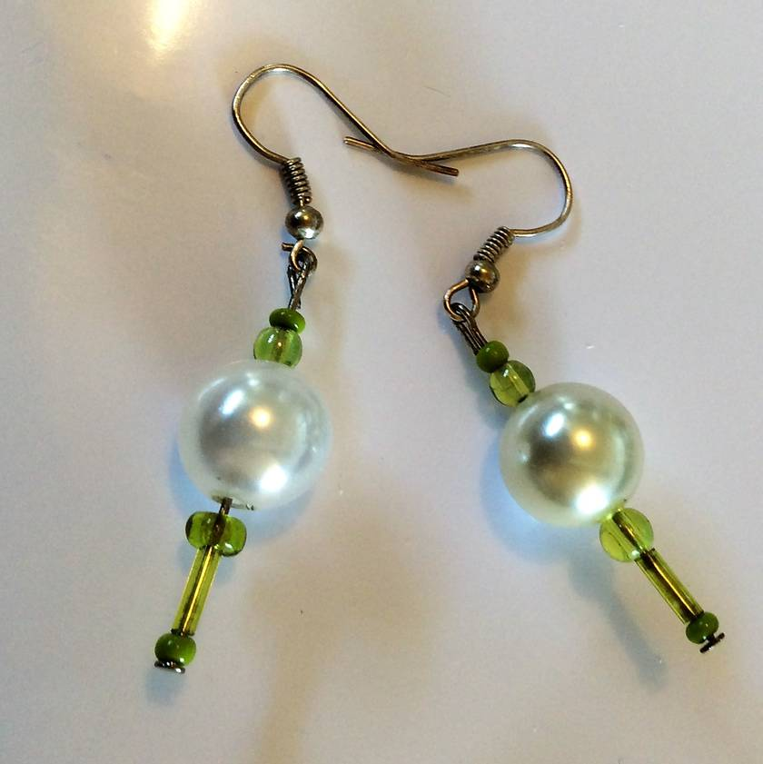 Earrings: Pearly mint and lime
