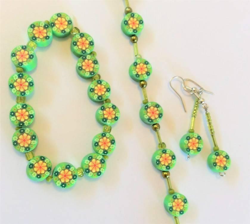 Daisy daisy set: necklace, earrings, bracelet