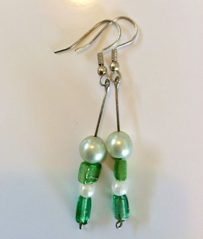 Earrings: Icy curucao mint (Yuletide range)