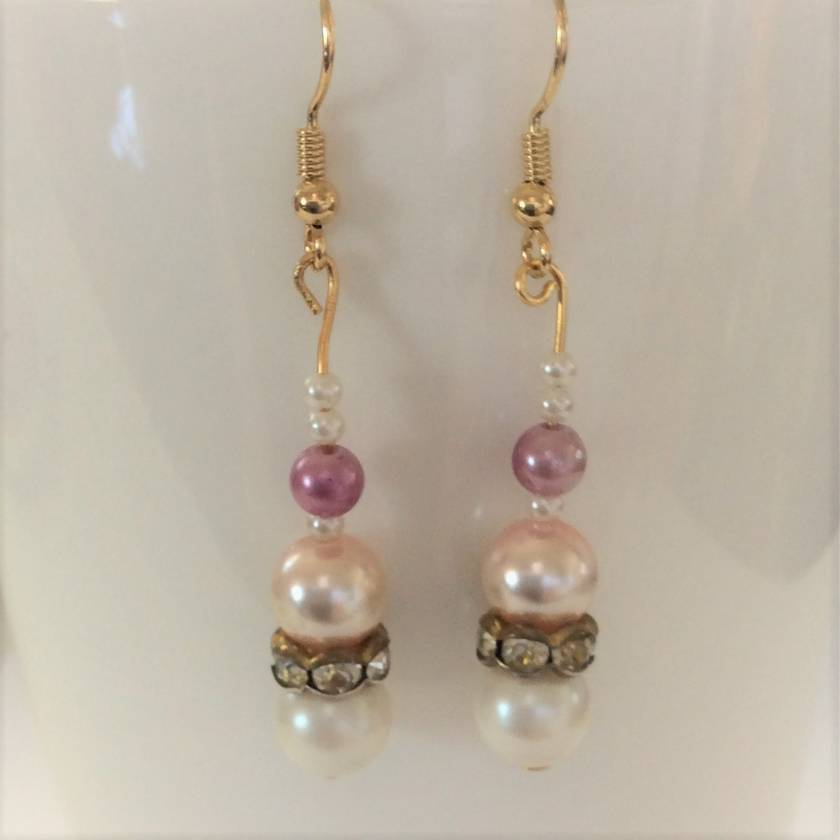 Earrings: Pearly Princess Pink