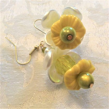 Earrings: Daffodil Darling (Florals range)