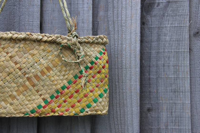 tropical oblique kete