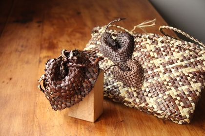 calla lily kete and fascinator set