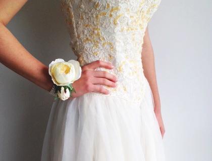 Cream Garden Rose  Silk Flower Wrist Corsage