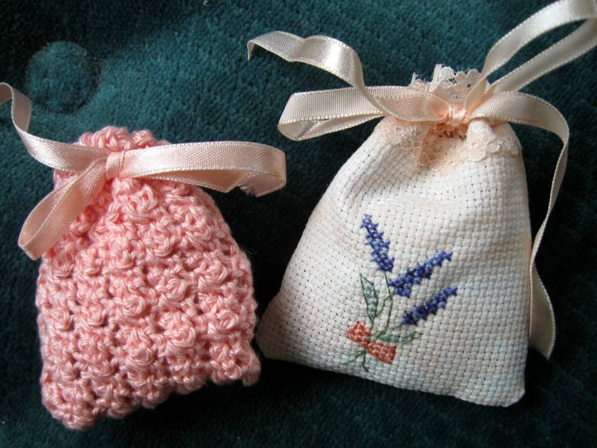 lavender sachets- set of 2. (set A)