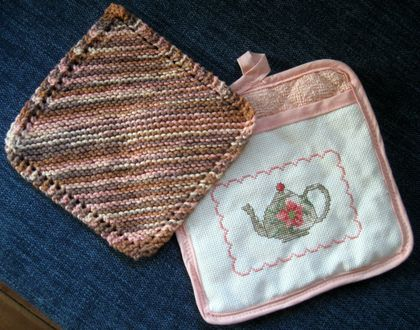 Pot holder and cotton dish cloth set.