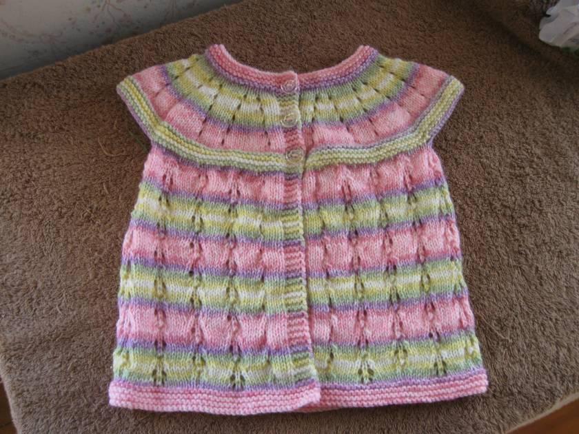 Rainbow cap sleeved cardigan for a little girl