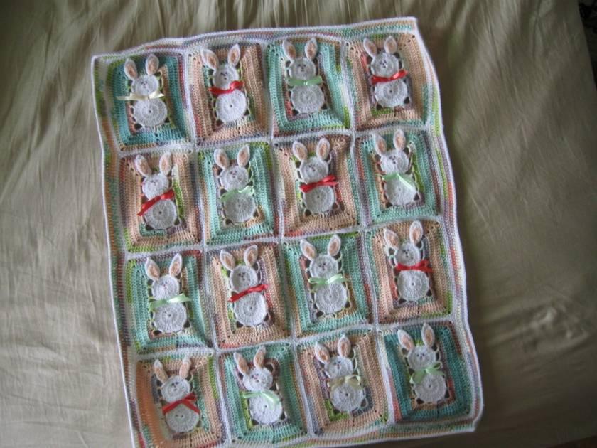 Bunny blanket- crocheted
