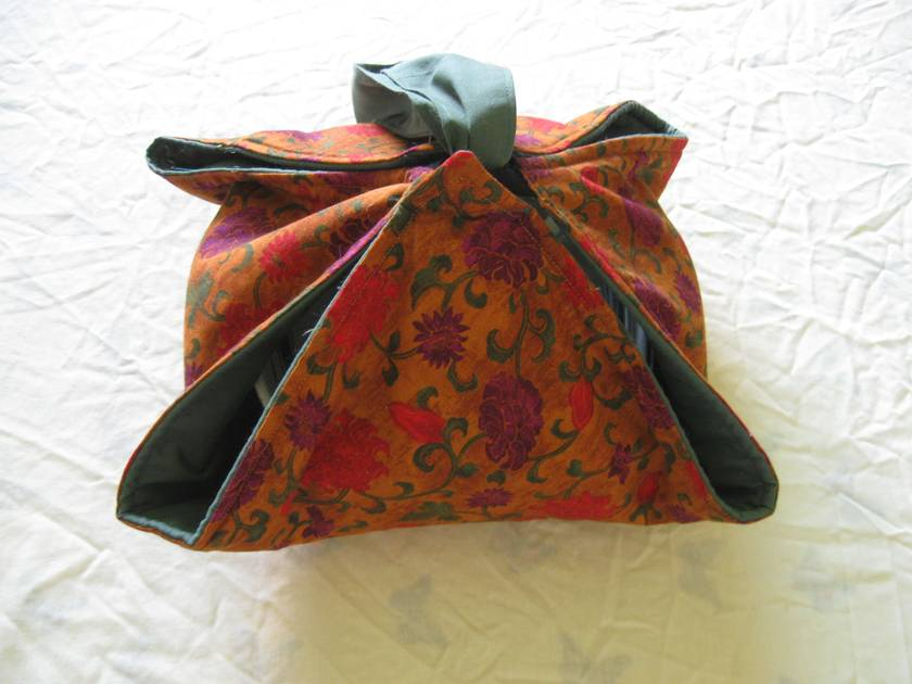 Multi purpose casserole carrier