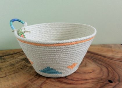 Coiled Rope Basket 'Kilim Bright'