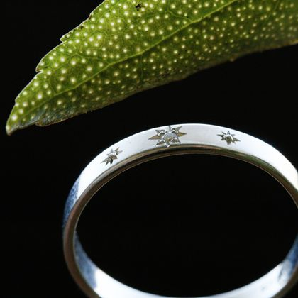 Diamond Starry Starry Ngaio ring, hand engraved