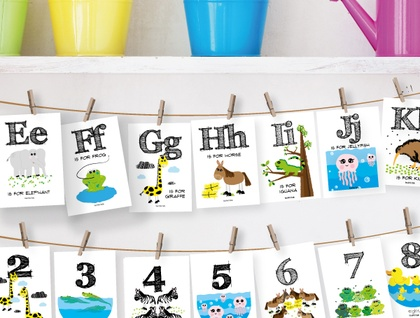 Alphabet & Number Flash Card Hanging pack (with string and pegs)