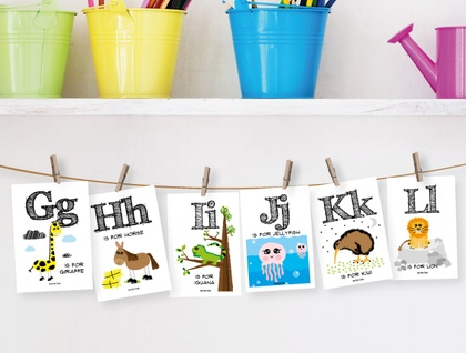 Alphabet Farm Flash Card Hanging Pack - with string & pegs
