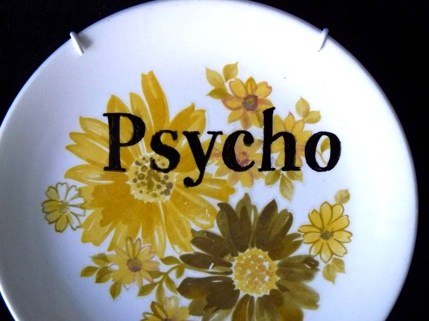 Psycho plate