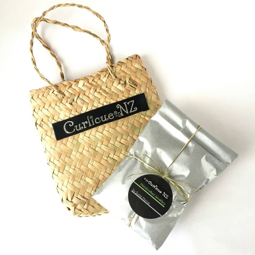 Premium Gift Wrapping Service with Flax Bag (Kete) and Card