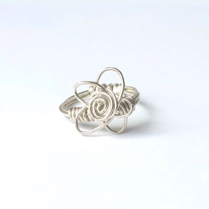 Manuka Flower Ring in Eco Sterling Silver Wire