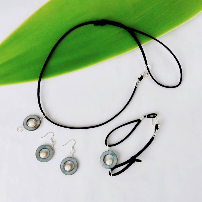 Beach Necklace, Paua Shell Circle Necklace with Black Freshwater Pearl in Eco Sterling Silver on soft Black Suede Cord