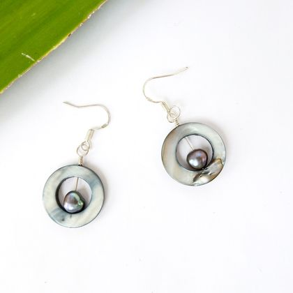 Paua Shell Circle Dangle Eco Earrings with Black Freshwater Pearl in Sterling Silver