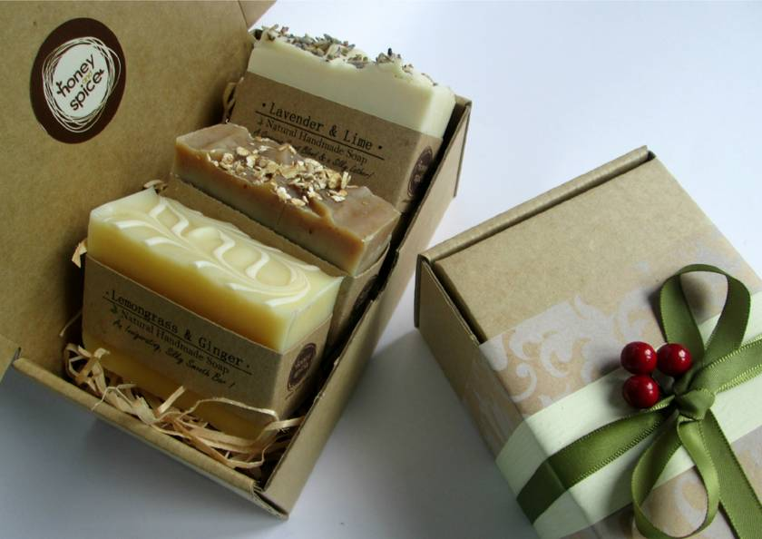 Christmas Soap Gift Box! - Perfect Gift for the hard to buy for !