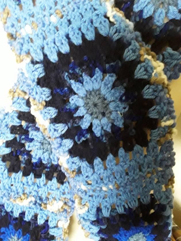 Curly wurly blue granny scarf