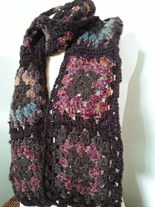 It's Autumn! Granny square scarf