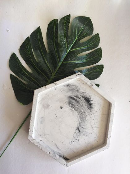 Faux Marble Hexagonal Dish Platter Tray