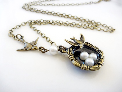 The Swallows nest - Pearls and Antiqued brass