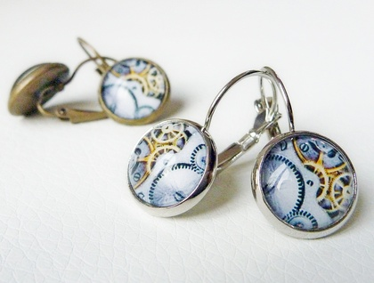 Earrings - Steampunk Cogs - Glass dome with Antiqued Brass or Silver