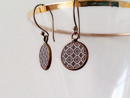 Earrings - Gorgeous printed wood inserts #1 - Set in Antiqued Brass