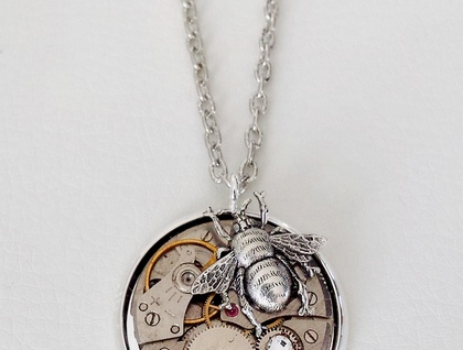 Silver Bumble Bee - Vintage watch Steampunk Pendant - Time Flies