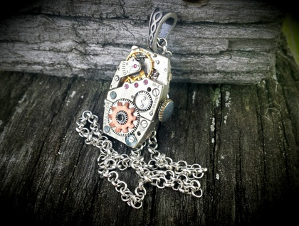 Vintage Oblong - Steampunk Inspired Beauty with a Copper Cog