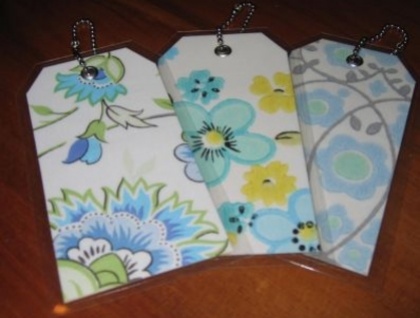 Luggage tags - retro wallpaper - blue florals