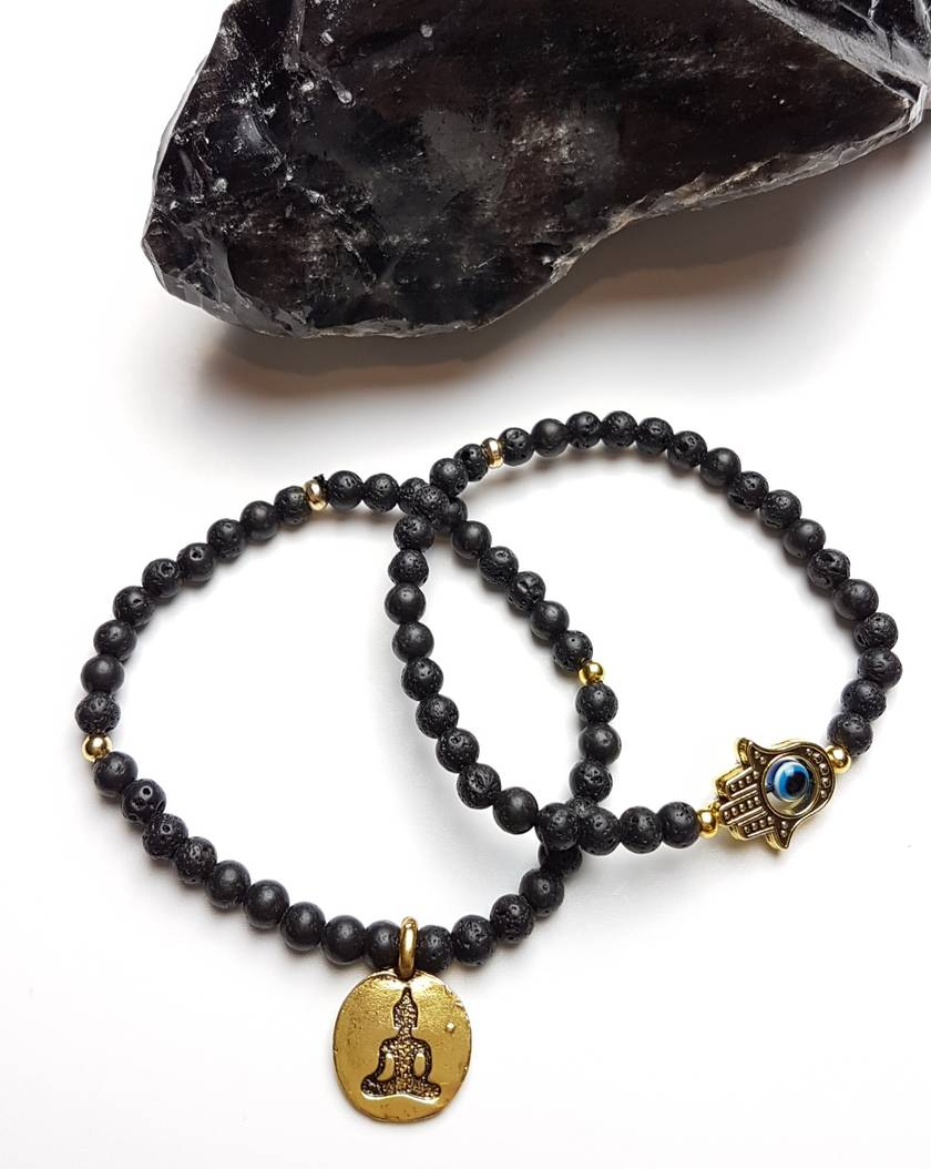 Protection and strength. Diffuser bracelets.